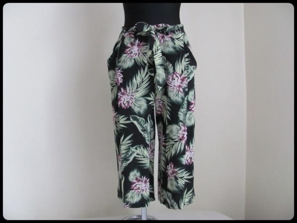 Spodnie lekkie luźne spodenki szorty rybaczki 42 XL