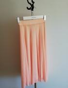 Nowa pudrowa spódnica Reserved...