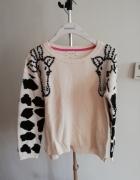 Sweter w żyrafy...