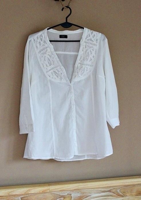 Koszule Biała koszula z haftem FF