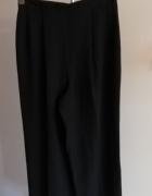Czarne szyfonowe spodnie...