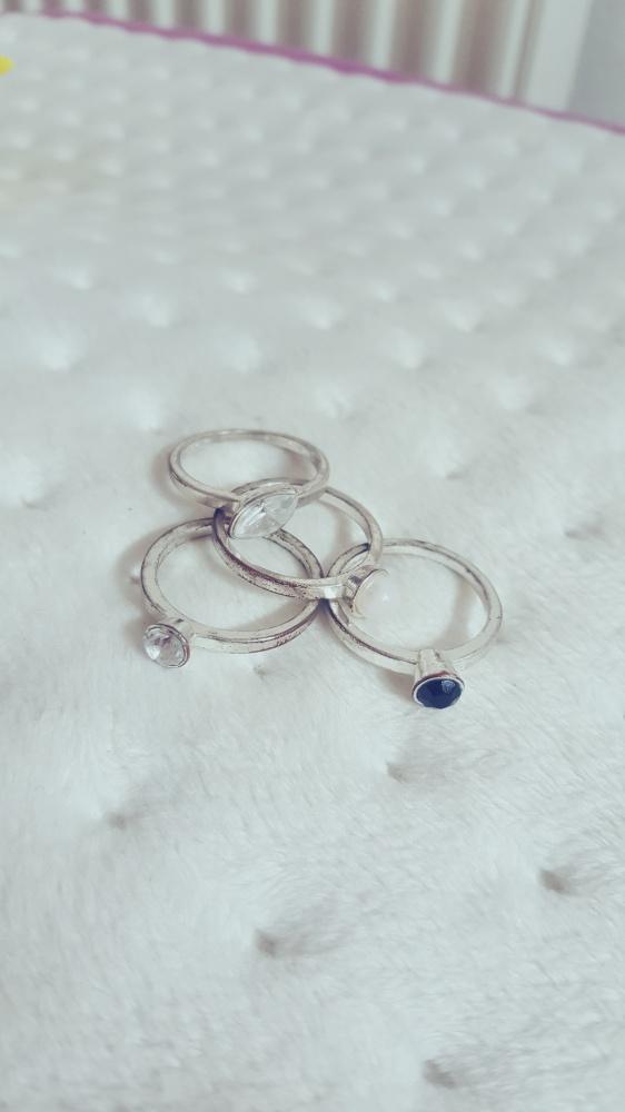 Pierścionki Zestaw pierścionków