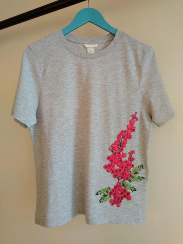 Bluzka koszulka szary melanż z ozdobną aplikacją rozmiar M