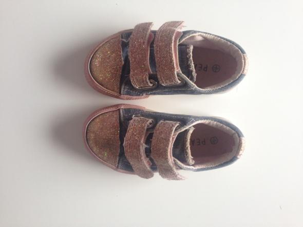 trampeczki dziewczęce plus sandałki gratis roz 23