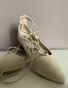 wiązane balerinki