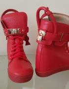 Skórzane sneakersy...