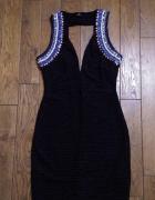 Piękna czarna sukienka z cekinami...