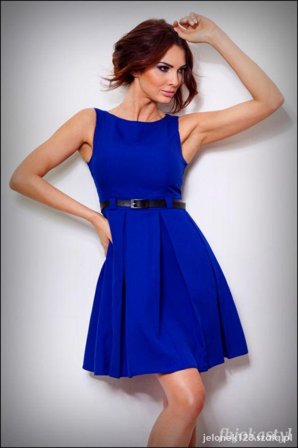 Suknie i sukienki CHABROWA rozkloszowana sukienka PASEK L 40
