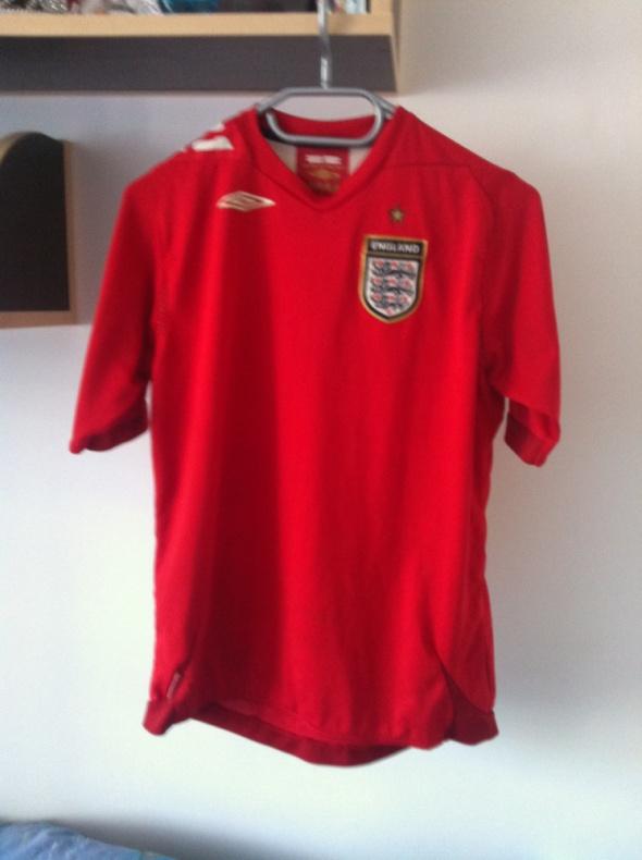 Czerwona koszulka piłkarska uniwersalna XS S M L