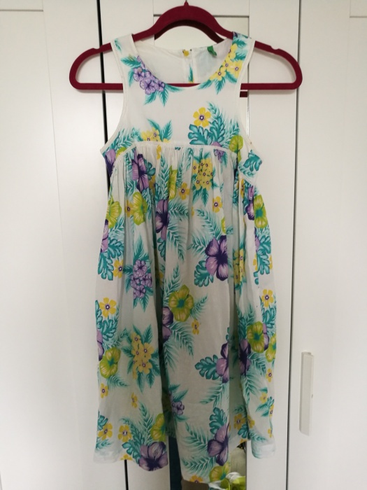 Sukienka 160cm floral Benetton