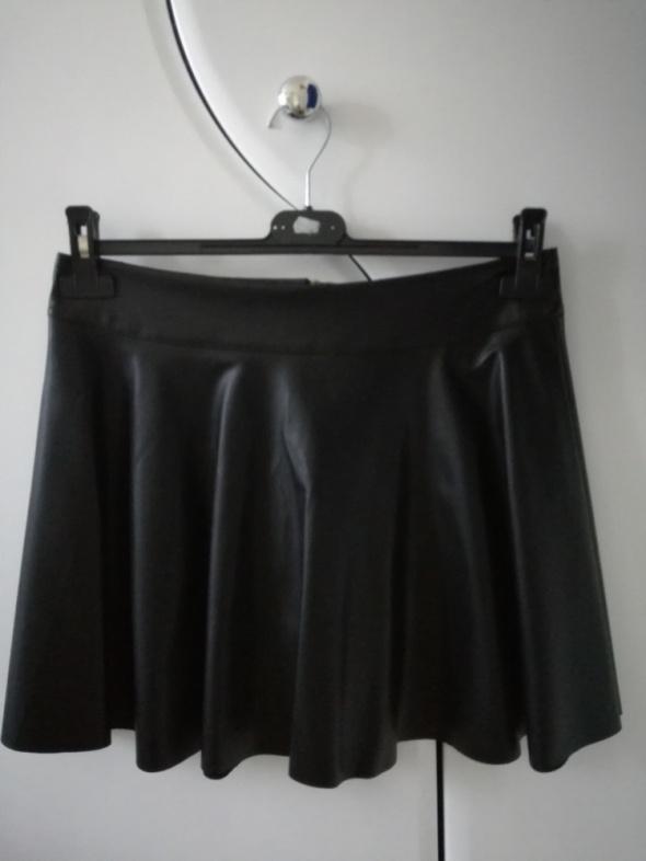 Spódnice Spódnica czarna skóropodobna