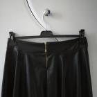 Spódnica czarna skóropodobna