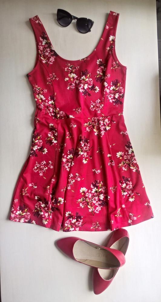 Czerwona sukienka floral kwiaty H&M...