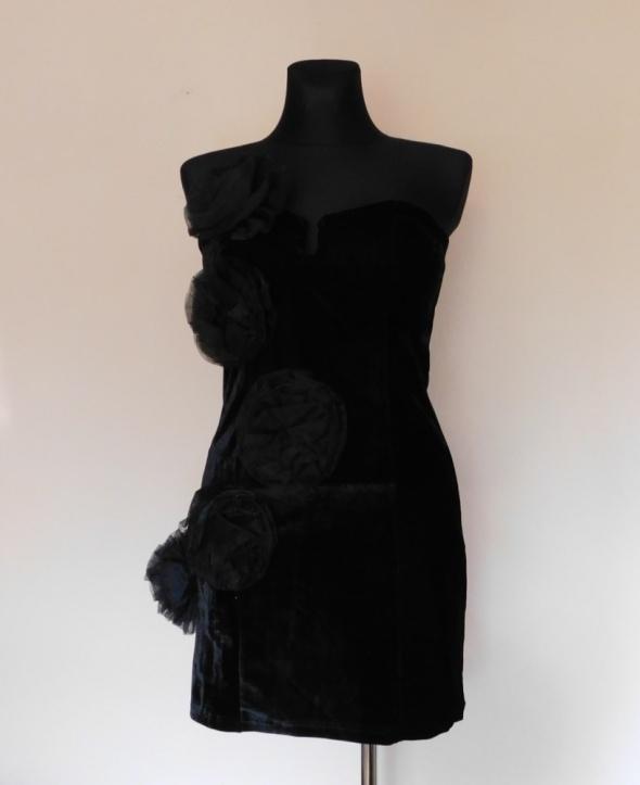 Rare czarna sukienka sexy welur 38...