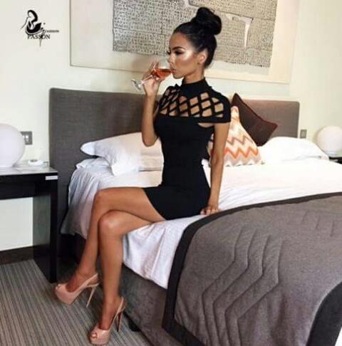 Obcisła sukienka bodycon bandażowa dwa kolory