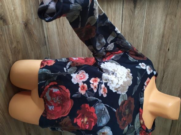 Bluzy Bluza w kwiaty oversize