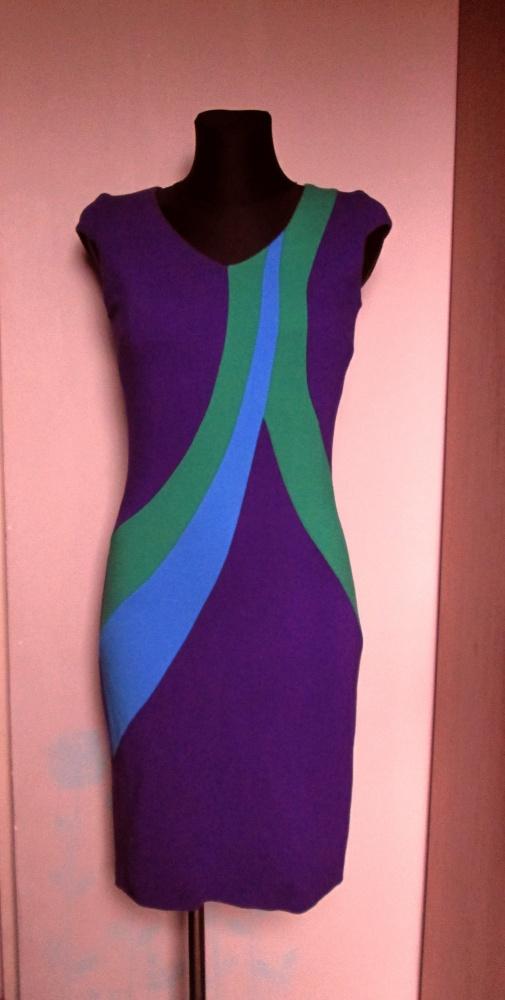Sukienka w ładnych kolorach fiolet niebieski zielony