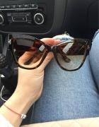 Okulary muchy...