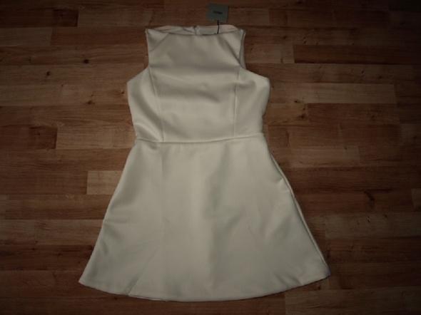 Suknie i sukienki Sukienka Asos nowa S