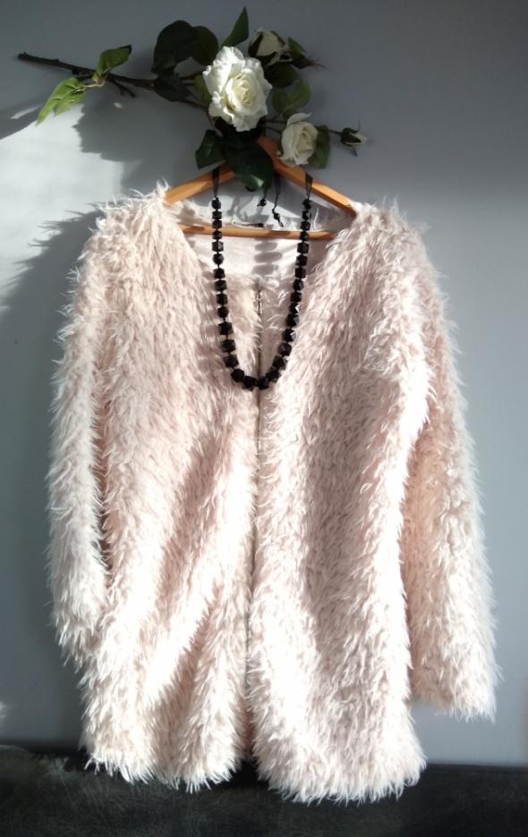 Fłochata bluza futerko kurtka