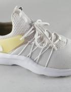 nike Sportswear Darwin...