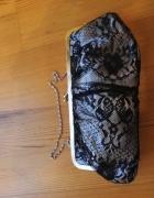 Piękna koronkowa torebka...