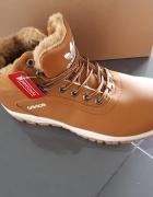 Eleganckie ciepłe i modne buty Adidas...