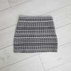Zara dzianinowa M żakardowa haftowana spódniczka spódnica biało czarna