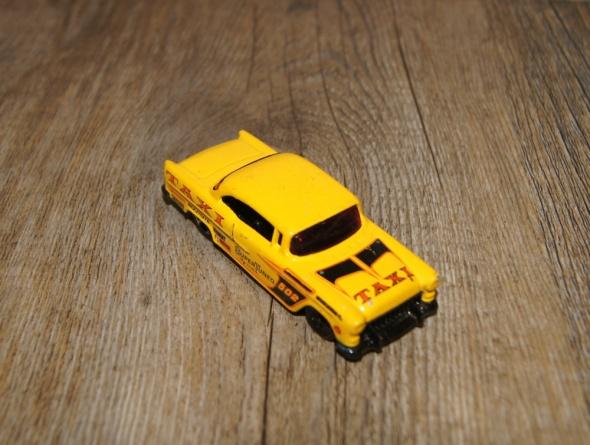 Autka samochody resoraki Hot Wheels zestaw żółty żółty