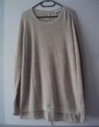 oryginalny sznurowany sweterek...