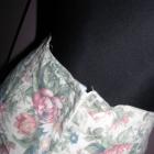 Idealnie skrojona spódnica w kwiaty flower
