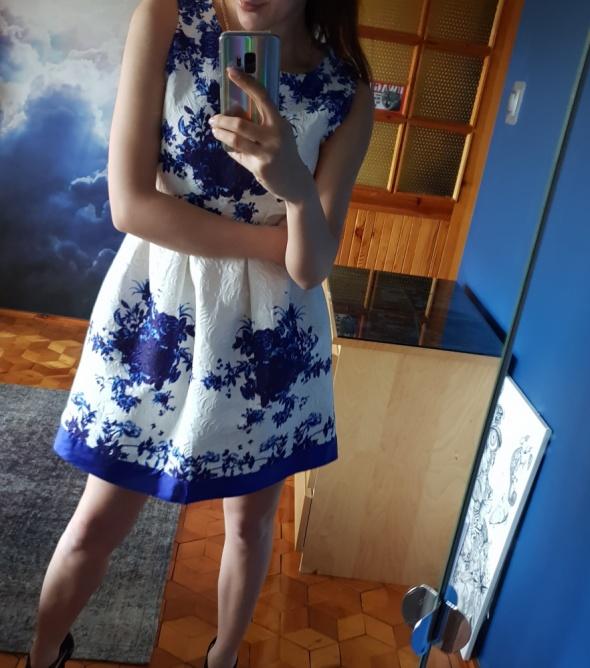 Sukienka xS kwiaty