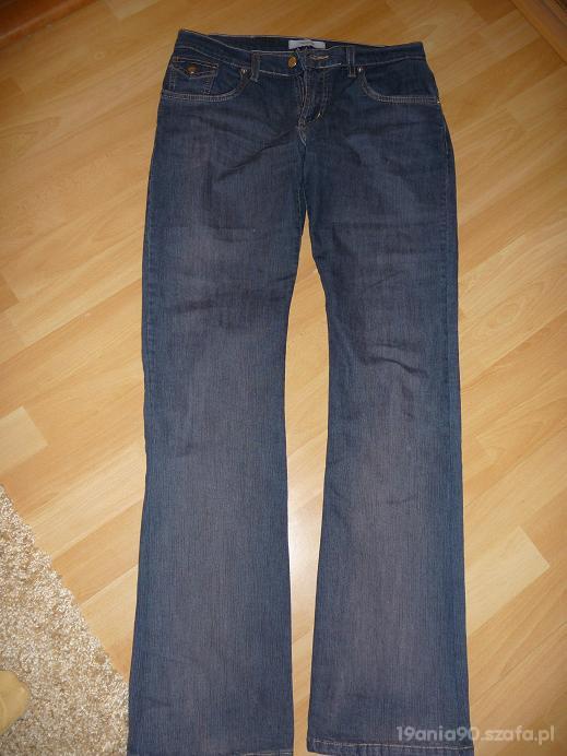 Spodnie jeansy cacharel...