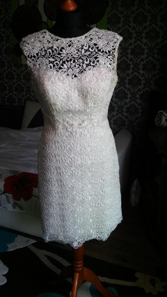 Suknia do ślubu cywilnego 38