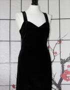 mała czarna klasyczna sukienka mini z aksamitu