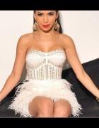 Sukienka z piórami model 2