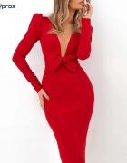 Piękna czerwona sukienka dekolt bufki s