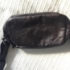 mała torebka saszetka z przegródkami poręczna brąz
