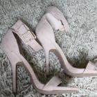 wysokie szpilki na platformie Czółenka pudrowy róż sandały obcasy 39
