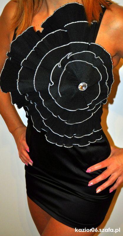 Suknie i sukienki mała czarna S