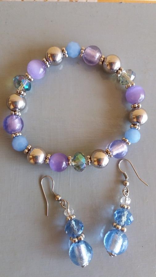 Komplet biżuterii kolczyki z bransoletką