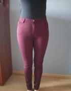 Bordowe spodnie H&M...