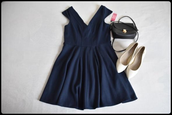 Granatowa sukienka ASOS 40 L dekolt V...