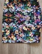 Spódniczka w kwiatki