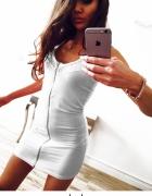 Sukienka dopasowana biała zamek z przodu rozmiar S...