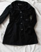 Czarny płaszcz Only...