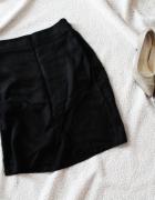 Czarna przekładana spódnica Reserved...