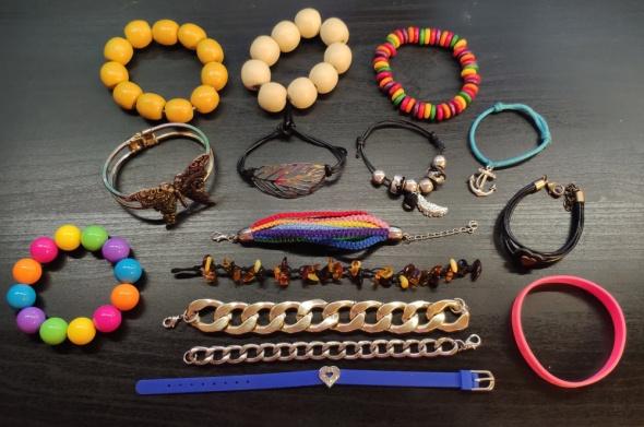 Bransoletki różne Kolorowe Tęczowe Z kotwicą Korale Z motylkiem