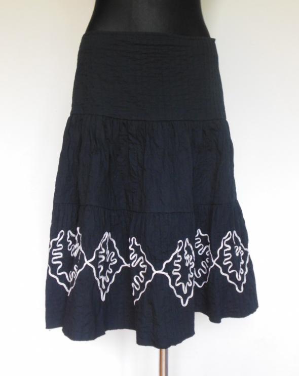 Spódnice Papaya czarna rozkloszowana spódnica midi 40