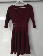 Bordowa sukienka xs